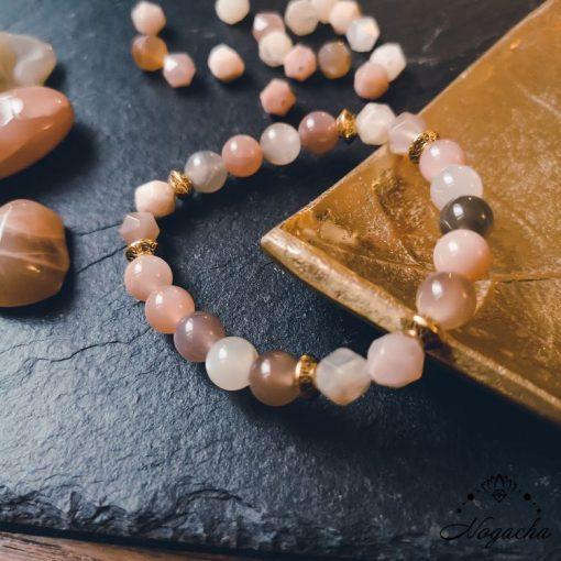 bracelet-feminite-pierre-de-lune-facette
