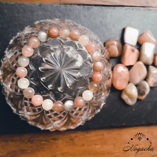 bracelet-pierre-de-lune-feminite