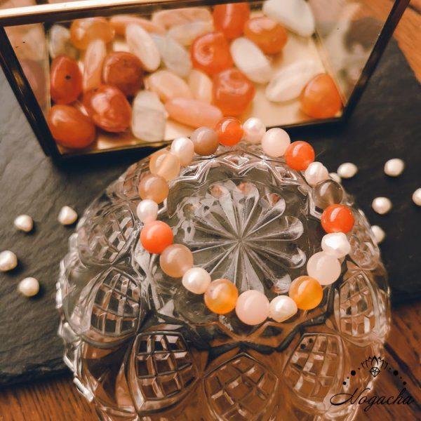 bracelet-fecondite-cornaline-pierre-de-lune-perle-eau-douce