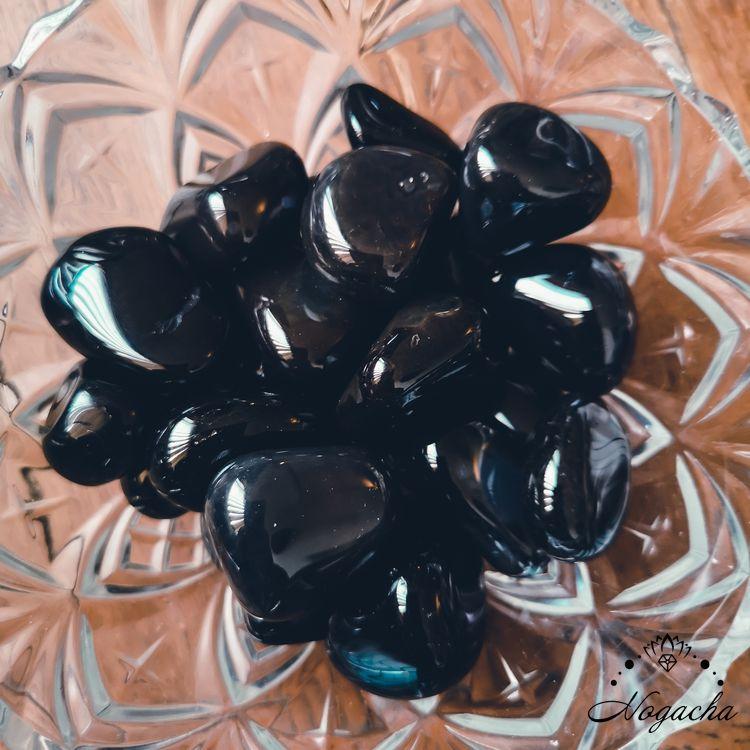 pierre-roulee-obsidienne-noire-mexique