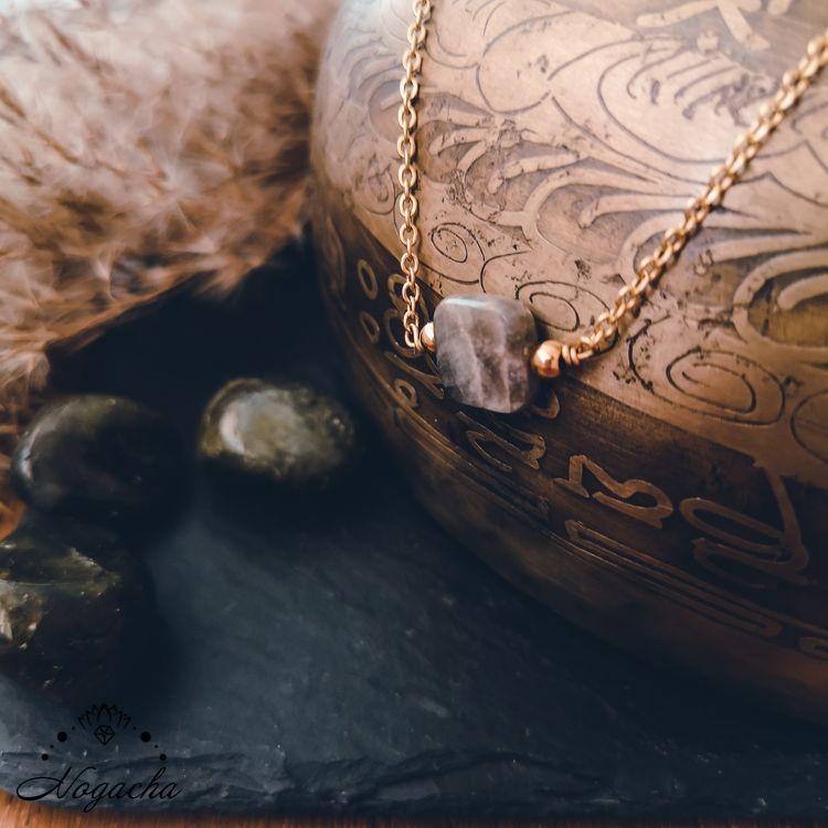 collier-protection-labradorite-or
