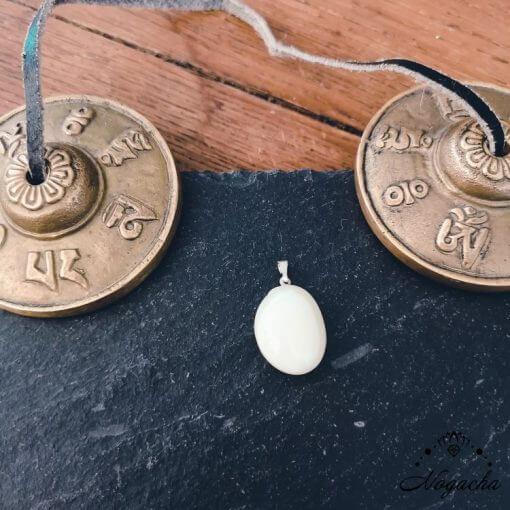 pendentif-agate-blanche-lyon